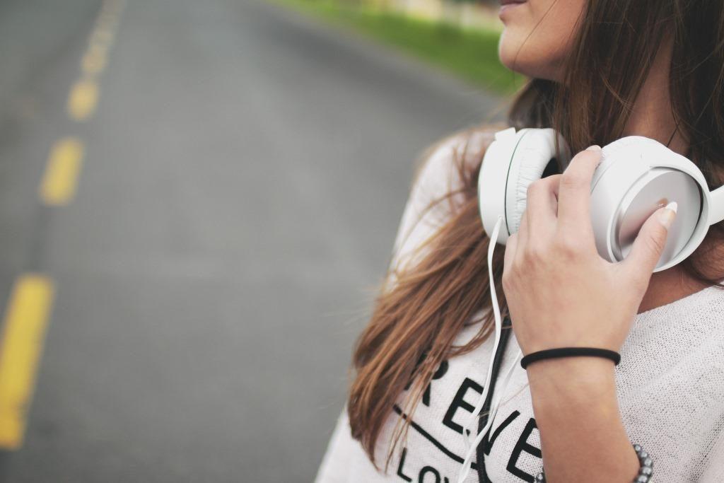 Best Workout Headphones Featured